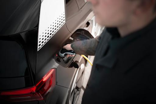 De forma geral, as principais mudanças na nova gasolina tendem a beneficiar os consumidores no curto e longo prazo. (Unsplash/Reprodução)