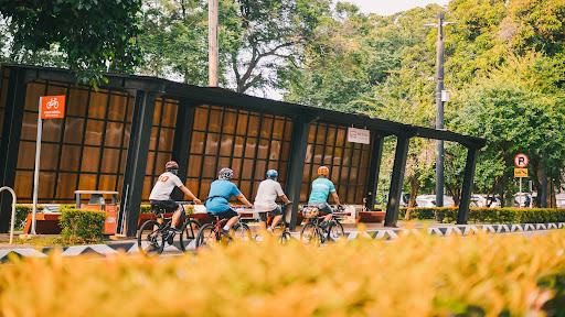 Durante a pandemia, o número de ciclistas aumentou exponencialmente nas principais cidades brasileiras. (Unsplash/Reprodução)